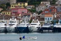 Mediterranean-yacht-Show-19